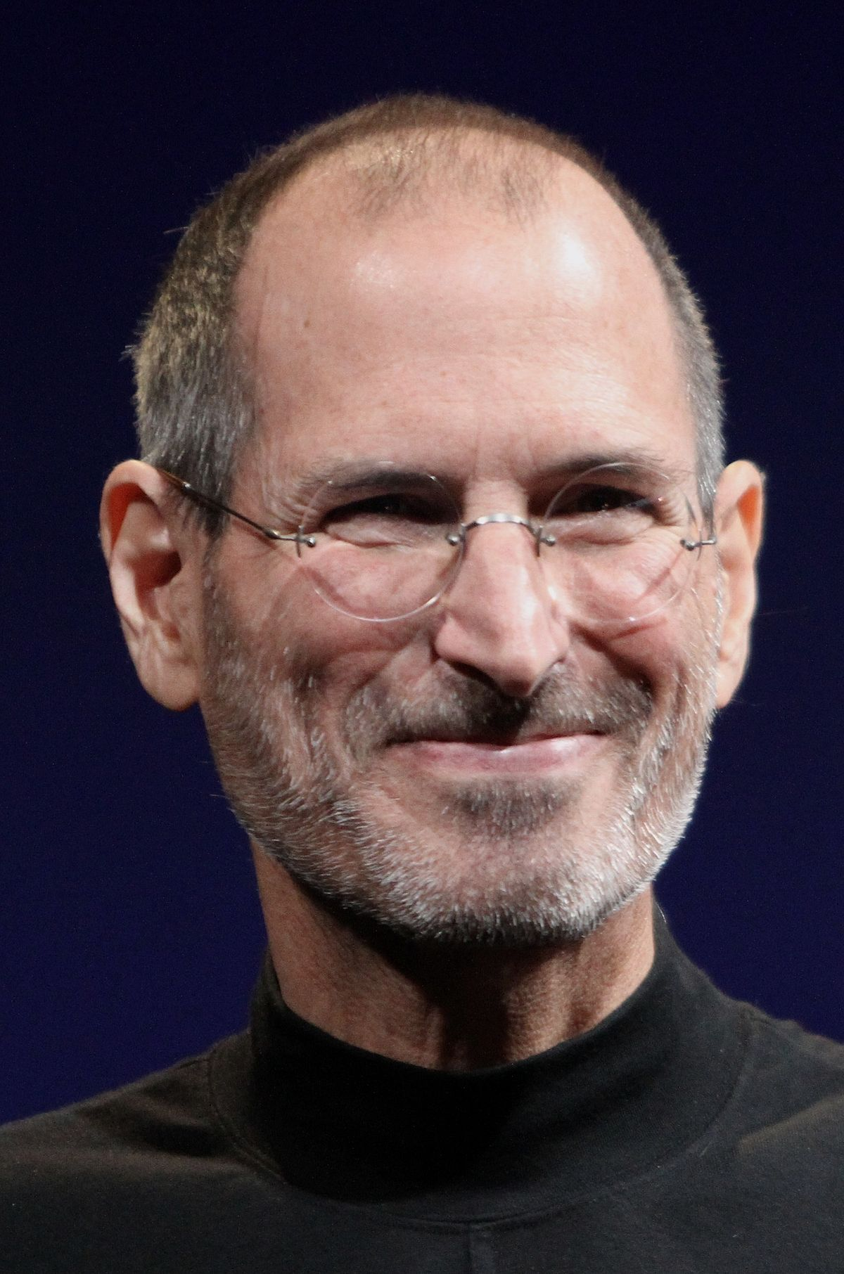 Steve Jobs Headshot 2010